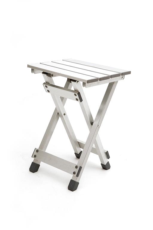 Складной стул из алюминия